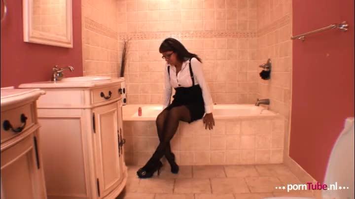 Masturbatie in de badkamer