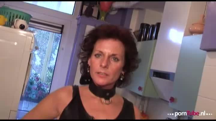 Ze heeft Pornobob een mailtje gestuurd want het lijkt haar geil om eens door hem geneukt te worden.